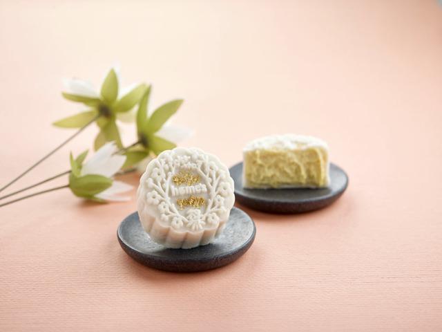 Snow-skin Top Grade X.O Durian Mooncake